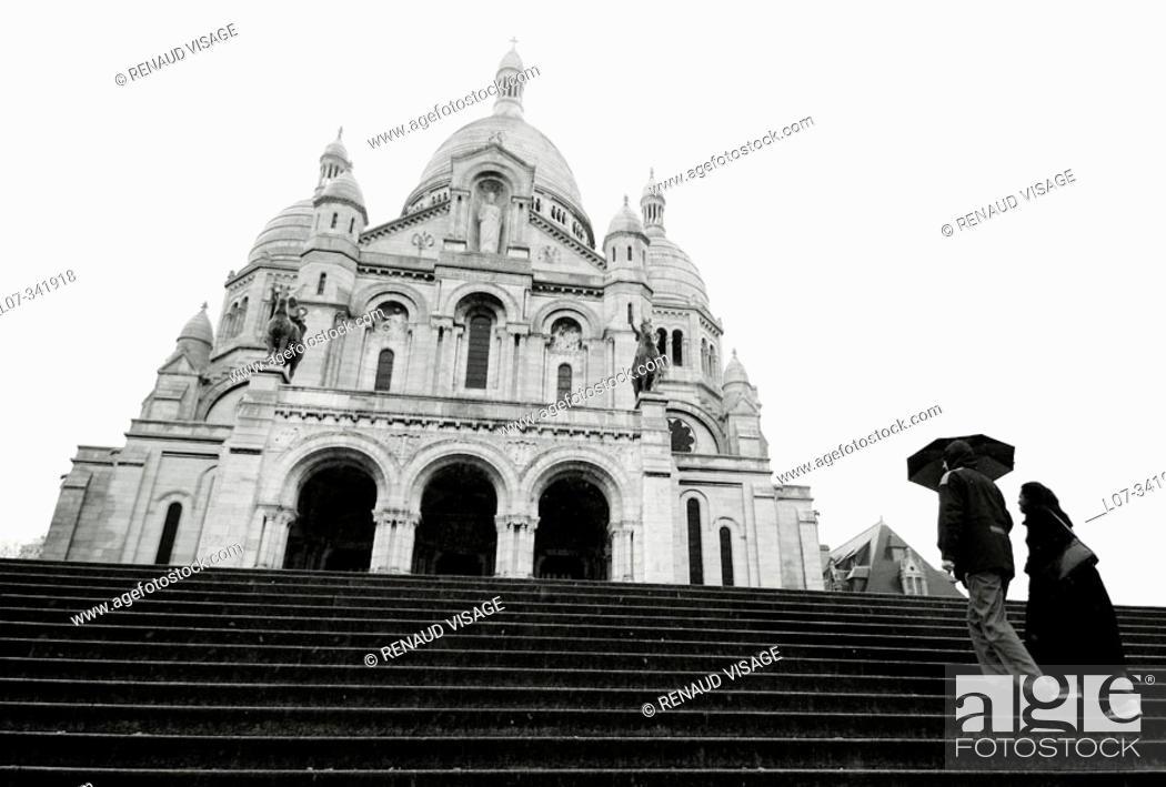 Stock Photo: Sacré Coeur and steps. Paris. France.
