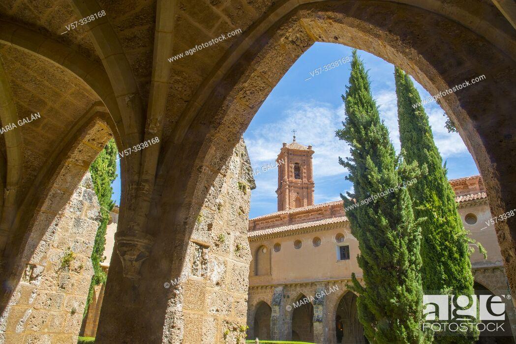 Stock Photo: Cloister. Santa Maria de Piedra monastery, Nuevalos, Zaragoza province, Aragon, Spain.