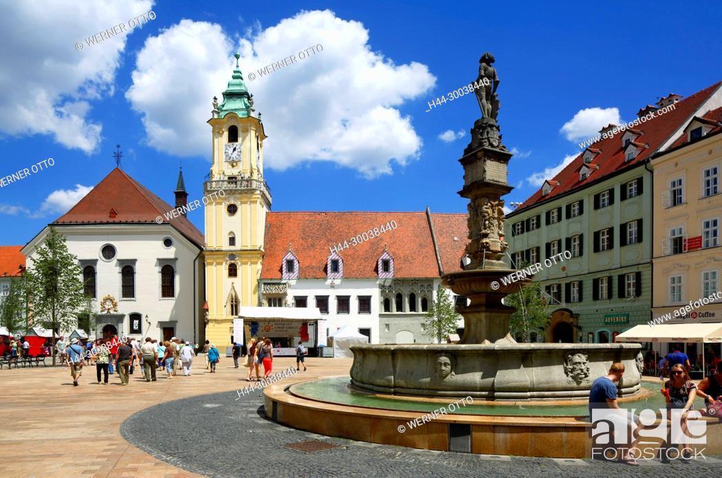 Stock Photo: Slowakische Republik, Slowakei, Westslowakei, Bratislava, Pressburg, Hauptstadt, Donau, Kleine Karpaten, Hauptplatz, Hlavne namestie, Altes Rathaus.