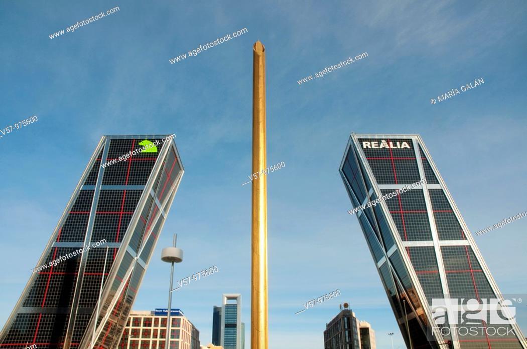 Stock Photo: Obelisk and KIO Towers. Plaza de Castilla, Madrid, Spain.