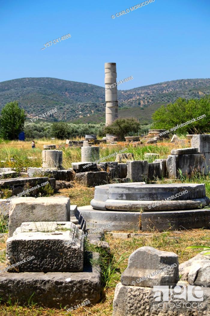 Stock Photo: The Temple of Hera, Heraion of Samos, Samos island, North Aegean islands, Greece, Europe.