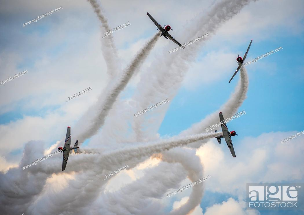 Stock Photo: Gieco Skytypers North American T6 Harvard -Geico Skytypers Air Show Team.
