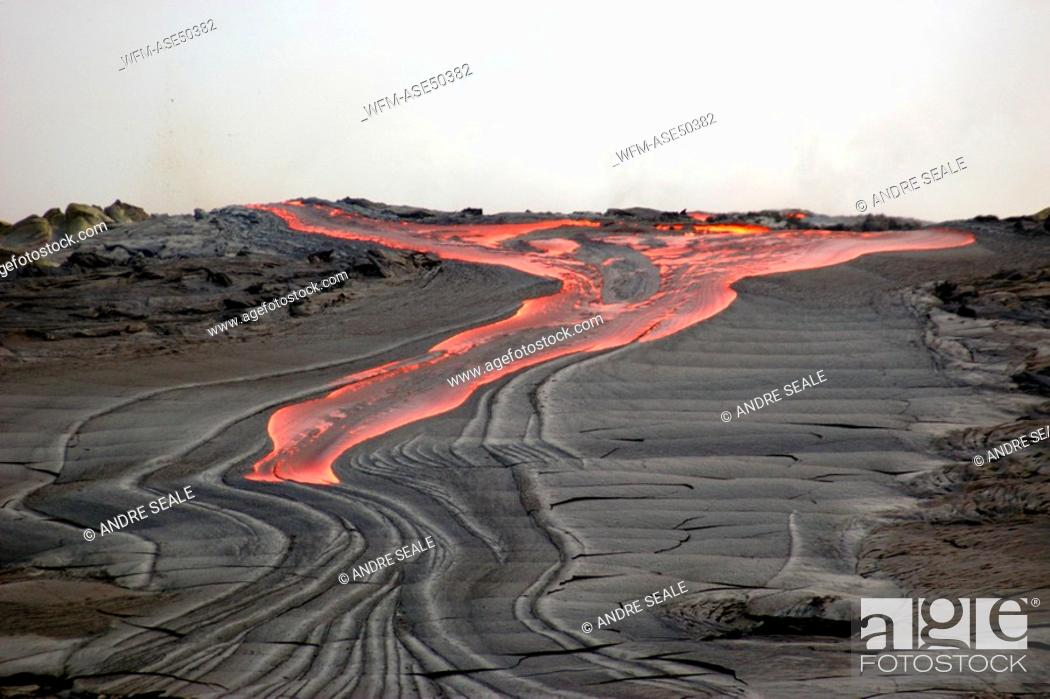 Stock Photo: Lava flowing into the Pacific Ocean, Volcanoes National Park, Big Island, Hawaii, USA.