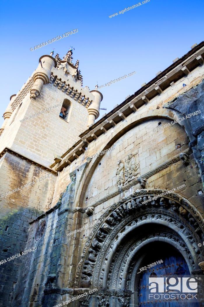 Stock Photo: Santa María la Mayor church in Uncastillo, Aragon, Spain.