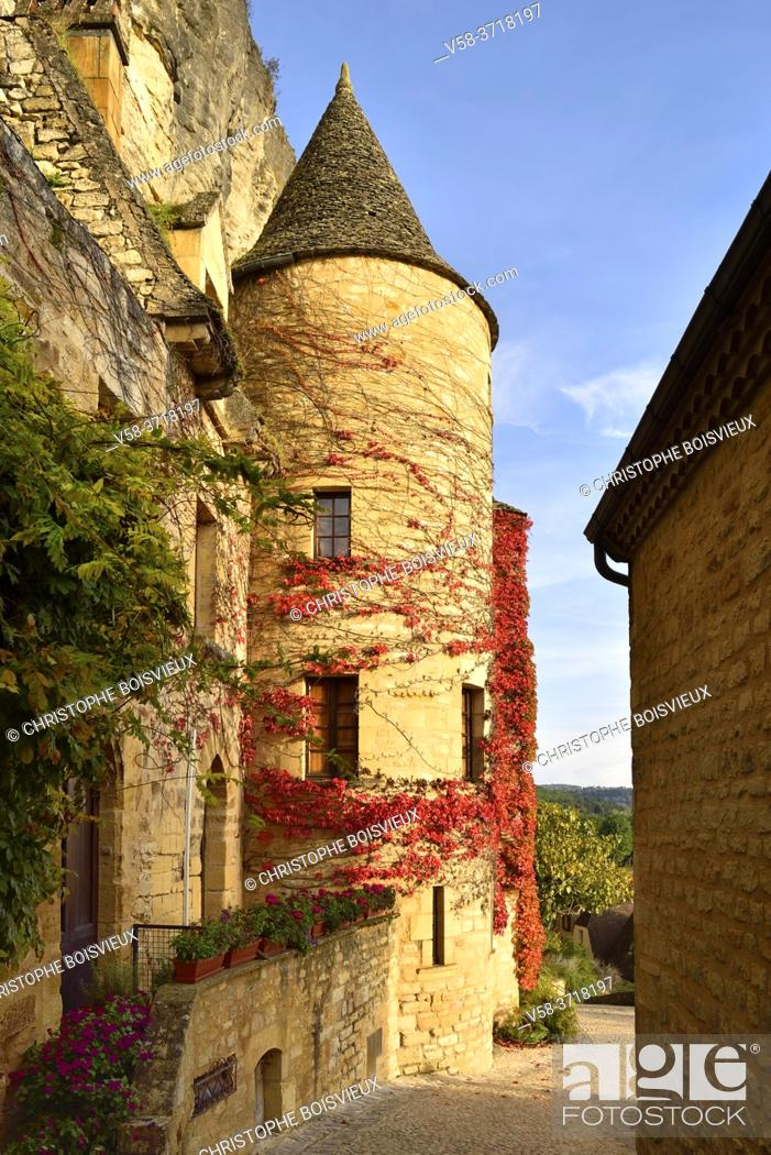 Imagen: France, Dordogne, Dordogne valley, La Roque-Gageac.