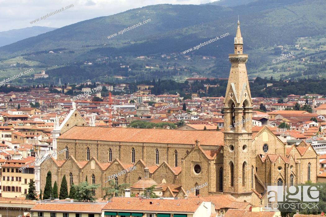 Stock Photo: Florence, Franciscan church Santa Croce, Tuscany.
