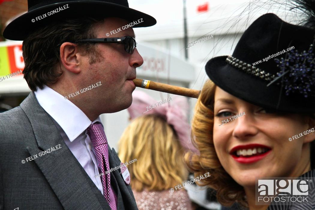Stock Photo: Couple in Royal Ascot.