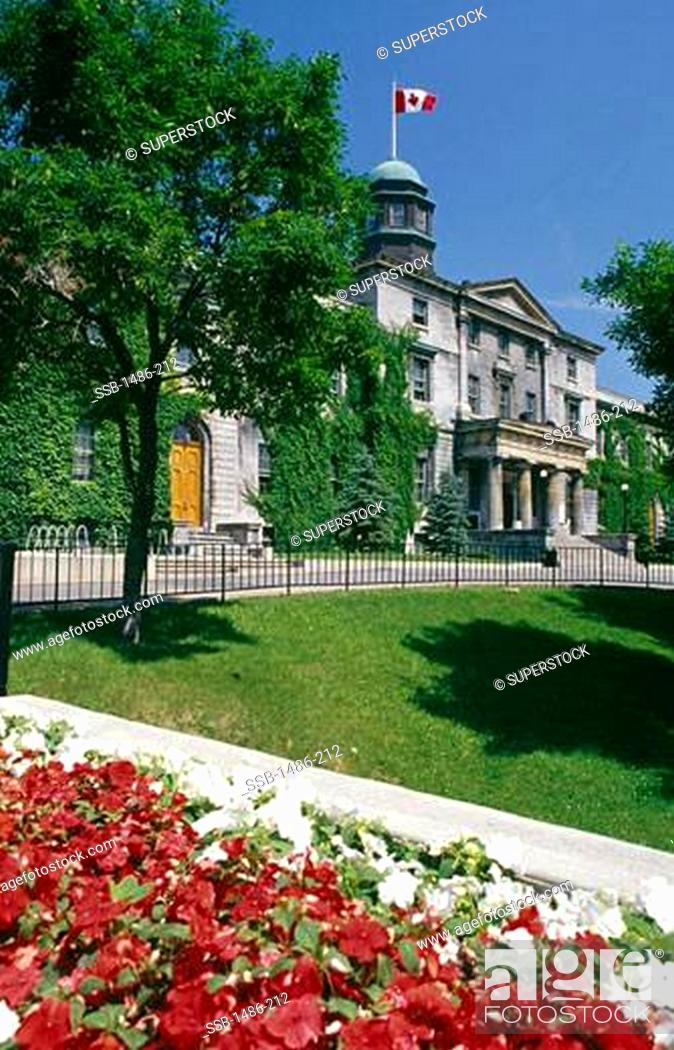 Stock Photo: Garden in front of a university building, McGill University, Montreal, Quebec, Canada.