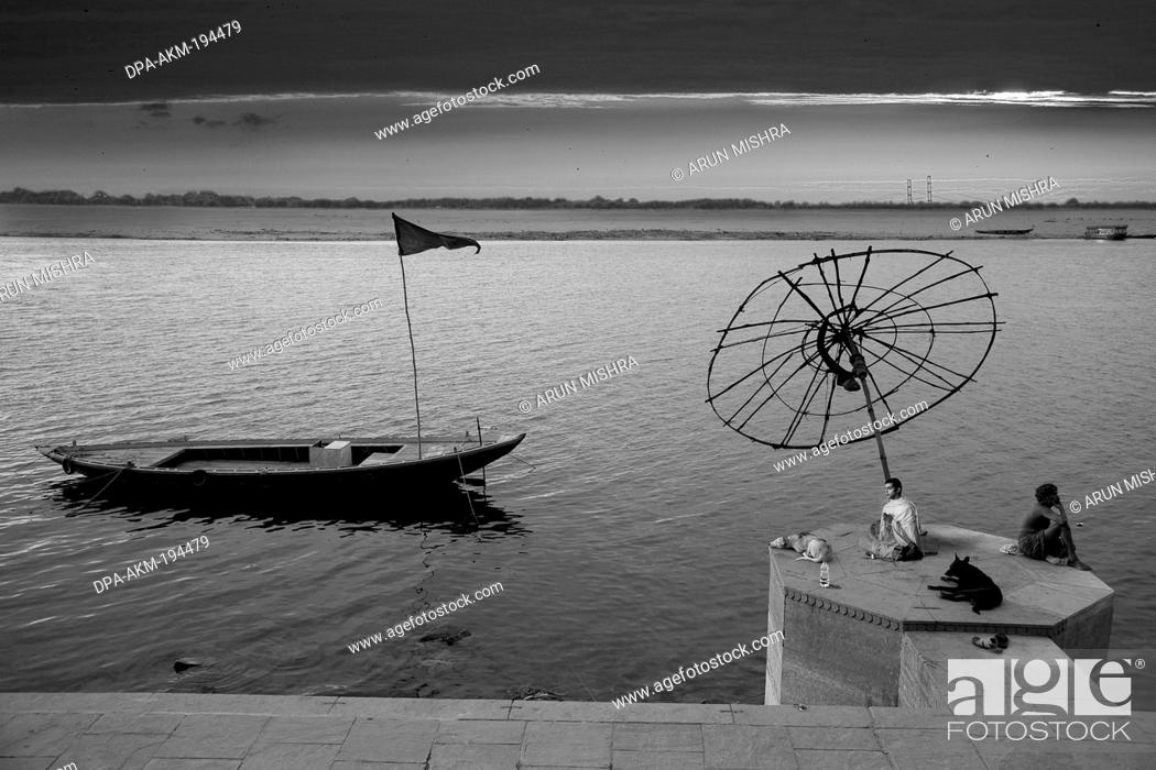 Stock Photo: Sadhu praying ganga river, varanasi ghat, uttar pradesh, india, asia.