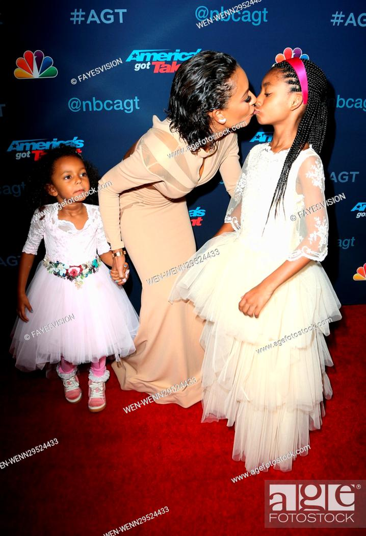 America S Got Talent Season 11 Finals Day 1 Featuring Mel B Madison Brown Belafonte Stock Photo Picture And Rights Managed Image Pic Wen Wenn29524433 Agefotostock Melanie brown with daughters angel iris murphy. https www agefotostock com age en stock images rights managed wen wenn29524433