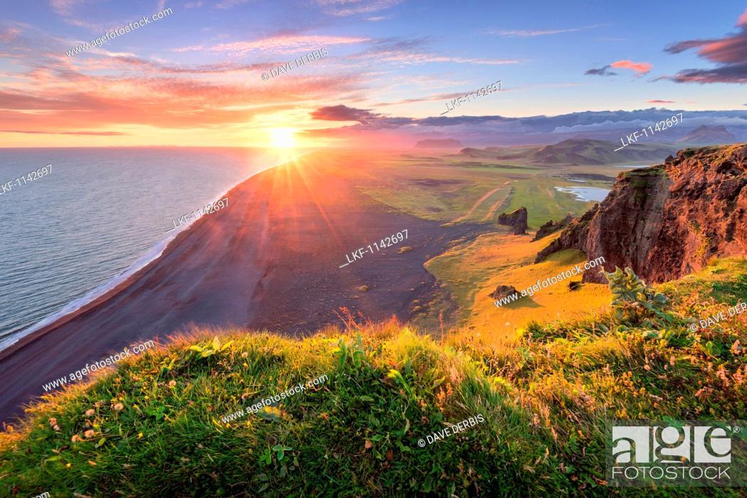 Stock Photo: Sun, Sunset, Beach, Cliffs, Klifandi, Dyrholaey, Iceland, Europe.