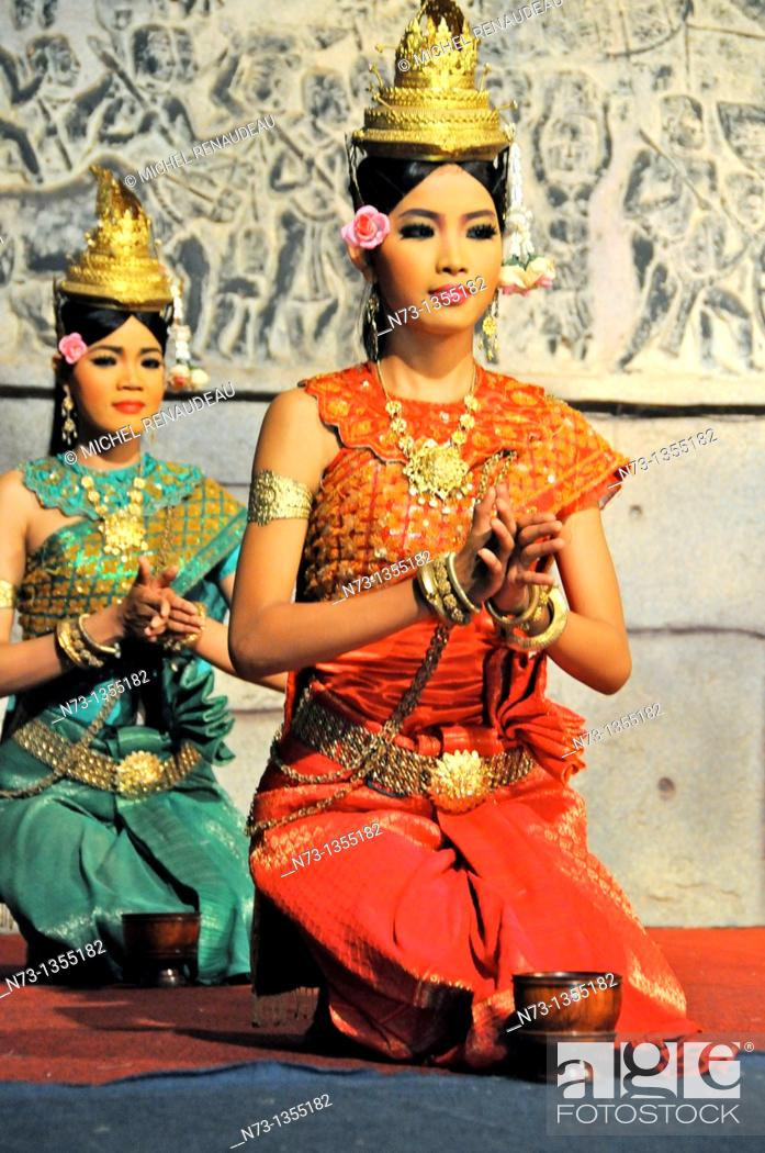 Stock Photo: Cambodia, Siem Reap Province, Siem Reap, Apsara Theater, Khmer Classical Dance, listed as World Intagible Cultural Heritage by UNESCO.