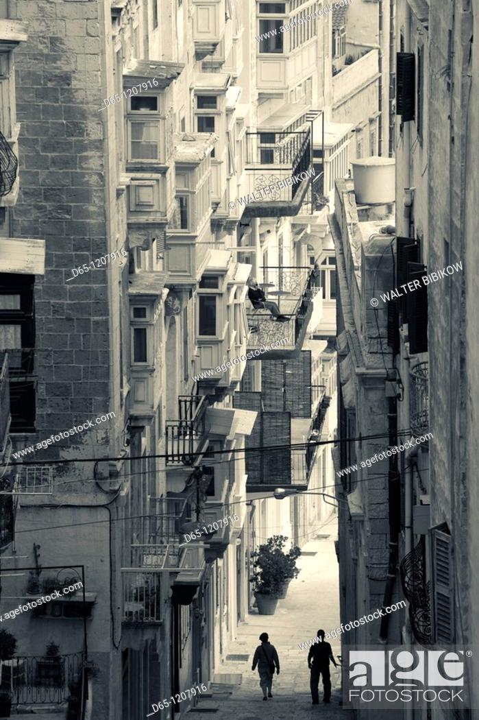 Stock Photo: Malta, Valletta, Triq il-Batterija, Battery Street.