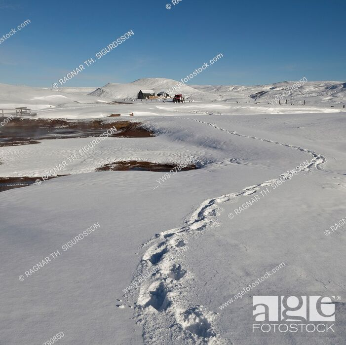 Stock Photo: Winter, Lake Kleifarvatn, a short drive from Reykjavik, Iceland.