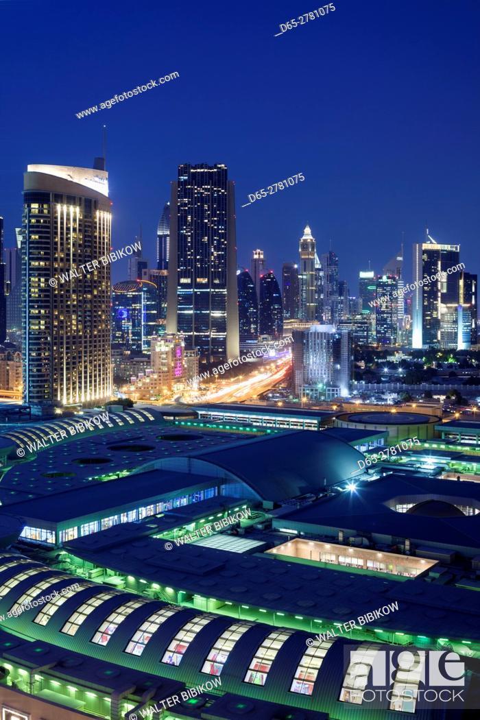 Stock Photo: UAE, Dubai, Downtown Dubai, Dubai Mall, elevated view, evening.