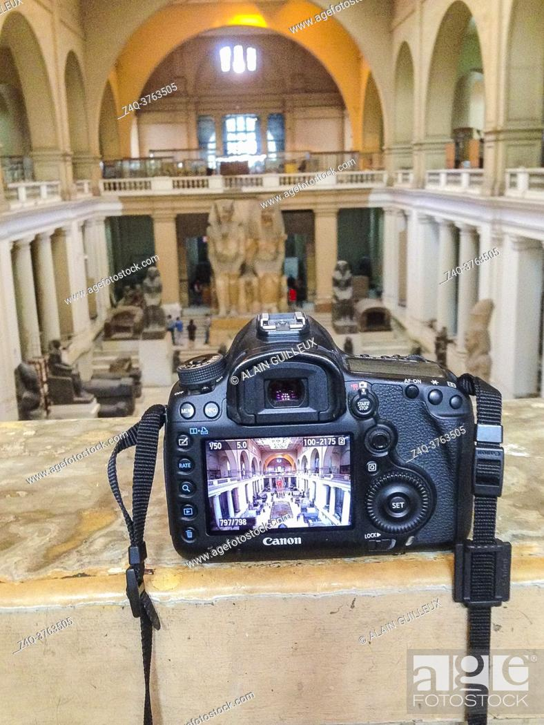 Imagen: Egypt, Cairo, celebrating the end of the long photography ban inside the Egyptian Museum. Double picture of the museum atrium, and picture of a camera.