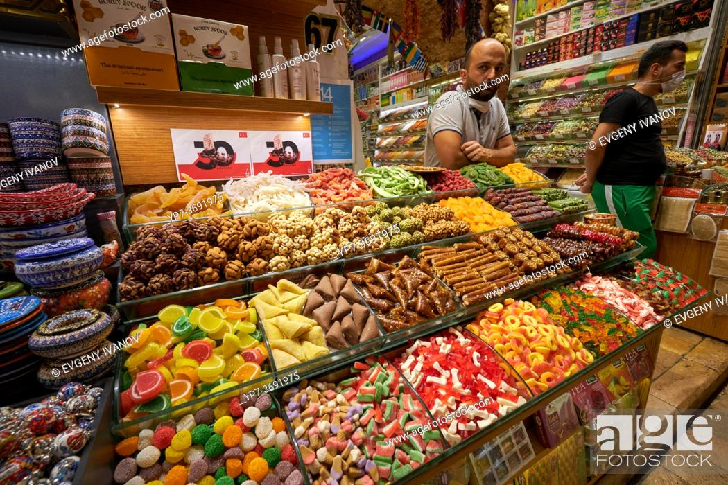 Stock Photo: Turkish sweets stall in Egyptian market, Istanbul, Turkey.