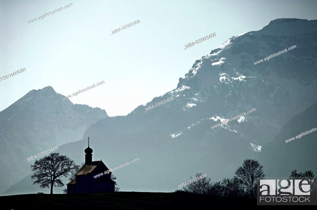 Stock Photo: Austria, Tyrol, Kufstein, Kaisergebirge, Almwiese, chapel, back light, North-Tyrol, mountains, mountain scenery, rise, mountain-meadow, church, construction.