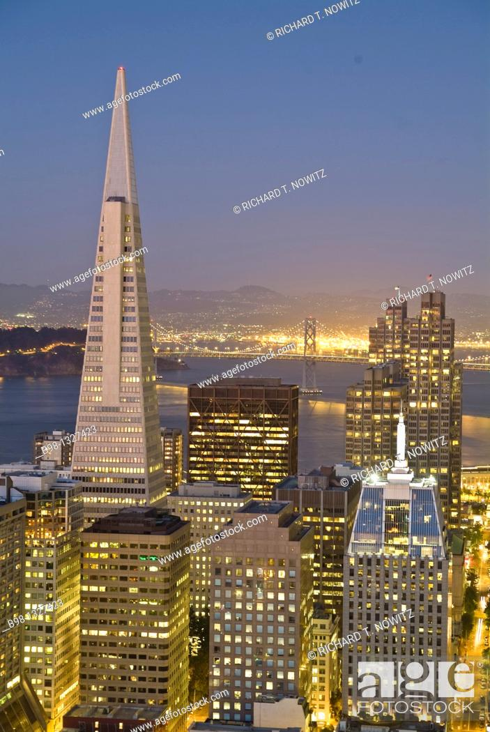 Stock Photo: Skyline from the roof of the Fairmont Hotel on Nob Hill, Transamerica Pyramid.