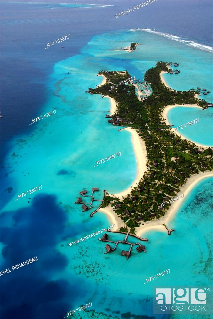Stock Photo: Maldives, north Male atoll, One & Only Reethi Rah hotel, top view.