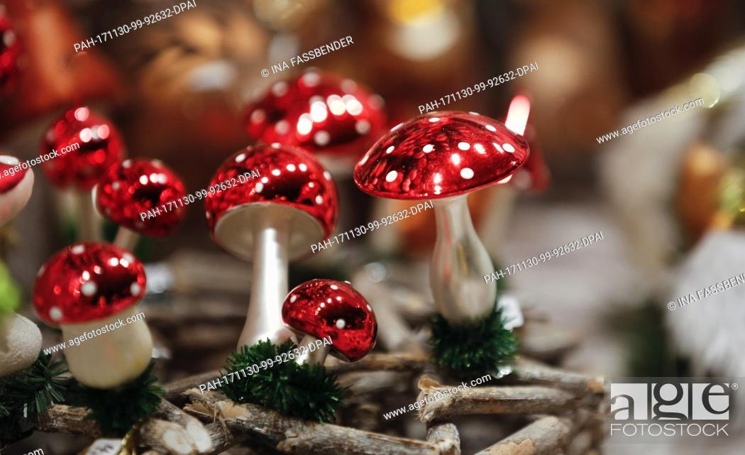 Stock Photo: Christmas decorations can be seen at the Christmas market in Dortmund, Germany, 30 November 2017. Photo: Ina Fassbender/dpa.
