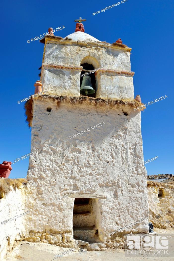 Imagen: Church in the Parinacota village. Norte Grande. Chile.