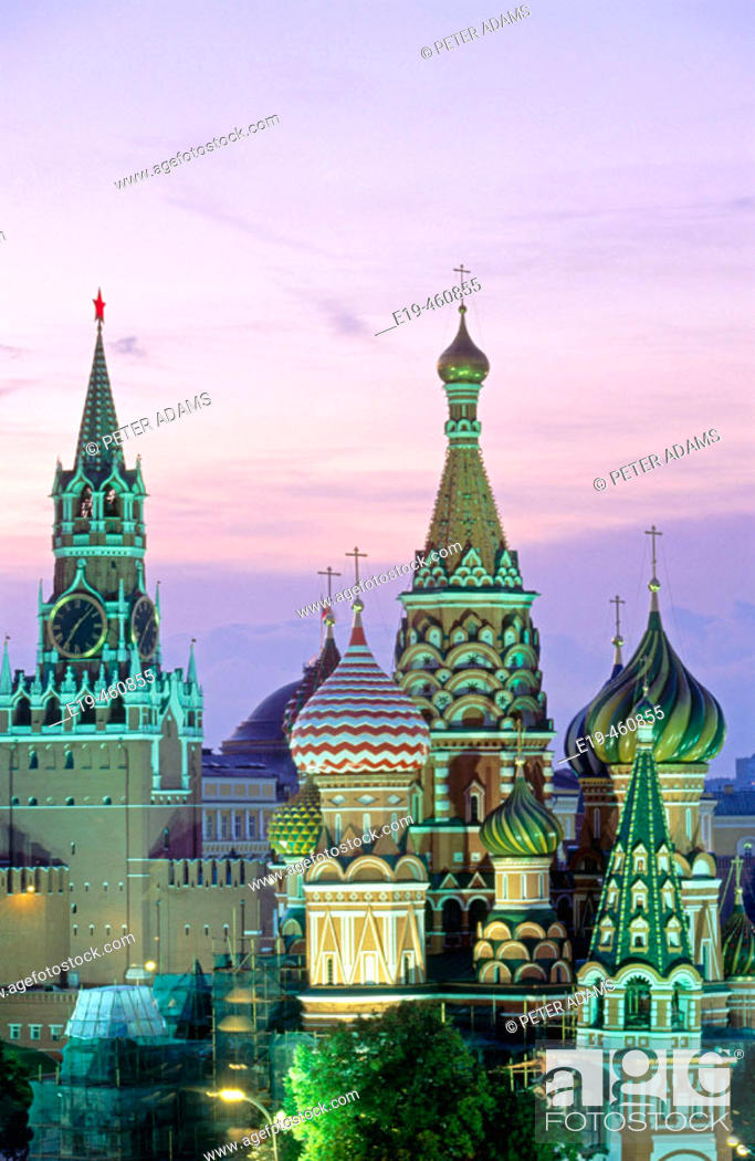 Stock Photo: St. Basil's cathedral, Red Square. Moscow. Russia.