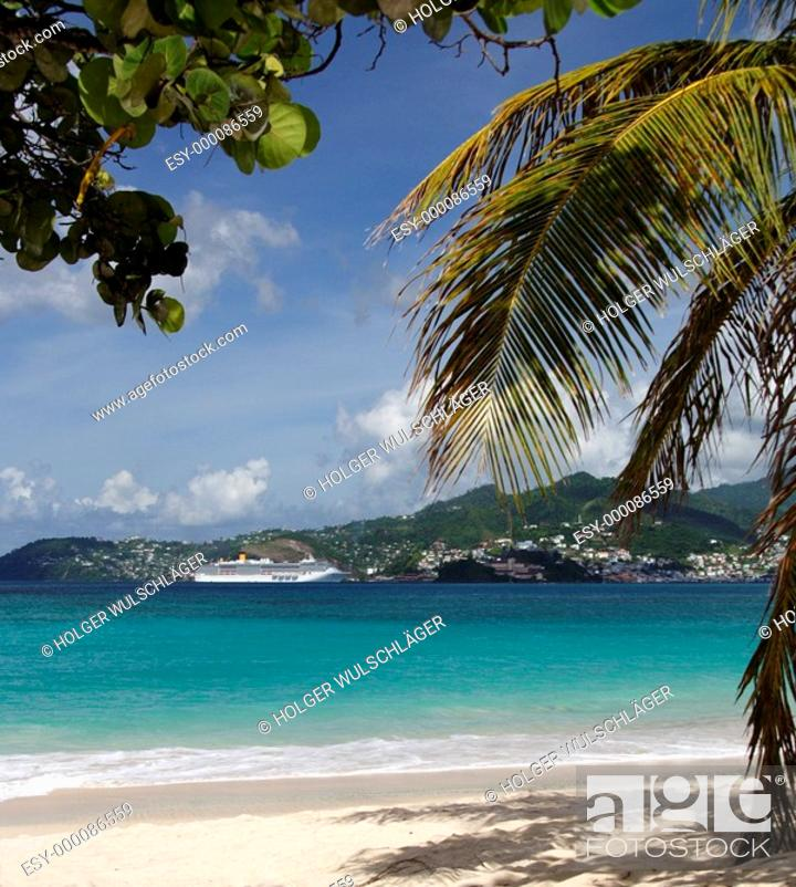 Stock Photo: Cruising in paradise.