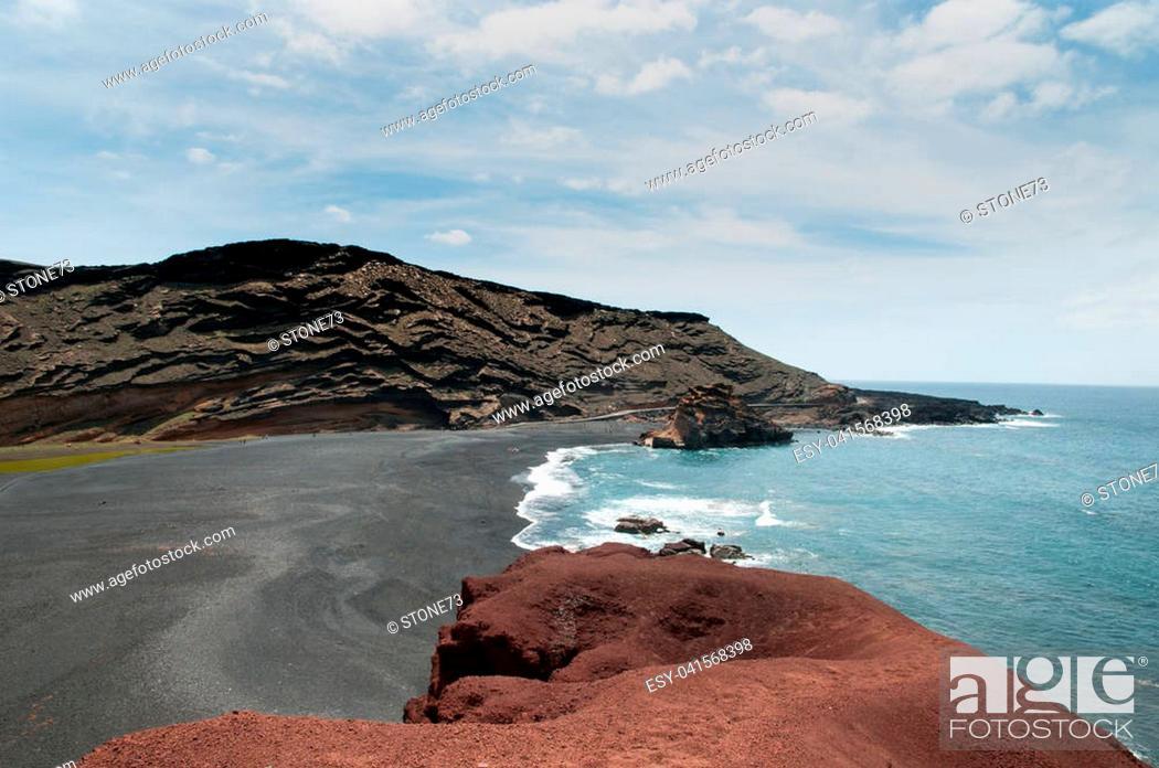 Stock Photo: Volcanic coastline of Lanzarote.