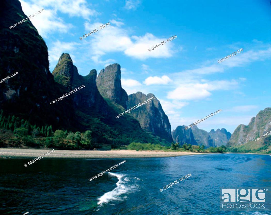 Stock Photo: River Li, Guilin, China.