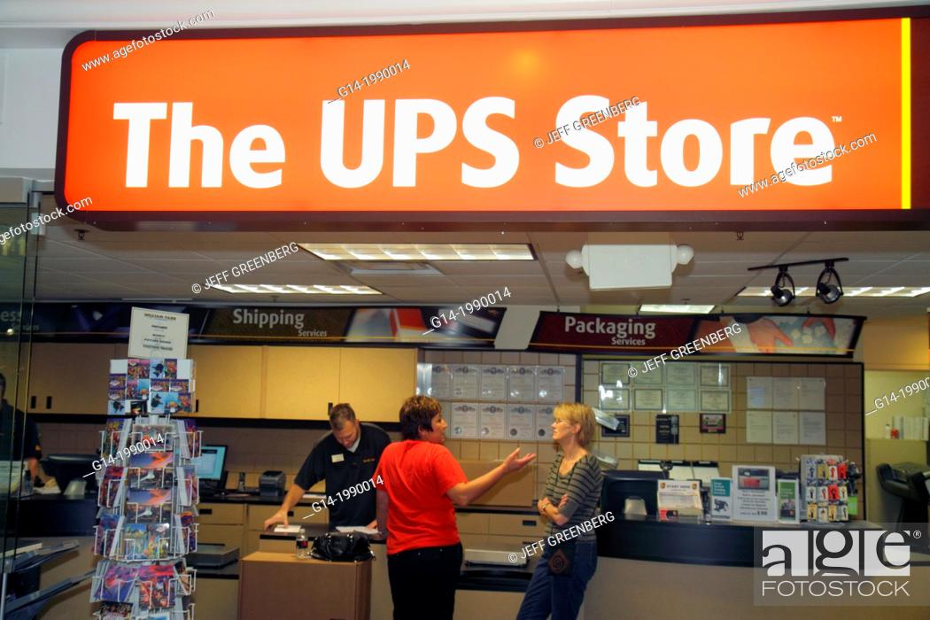 Stock Photo: Nevada, Las Vegas, The Strip, South Las Vegas Boulevard, Flamingo Las Vegas Hotel and Casino, The UPS Store, shipping, packaging, delivery service.