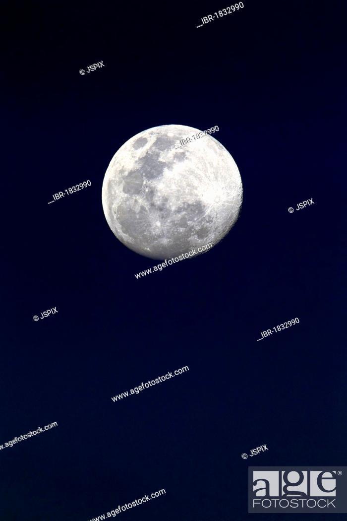 Stock Photo: Moon, Luna, full moon at night.