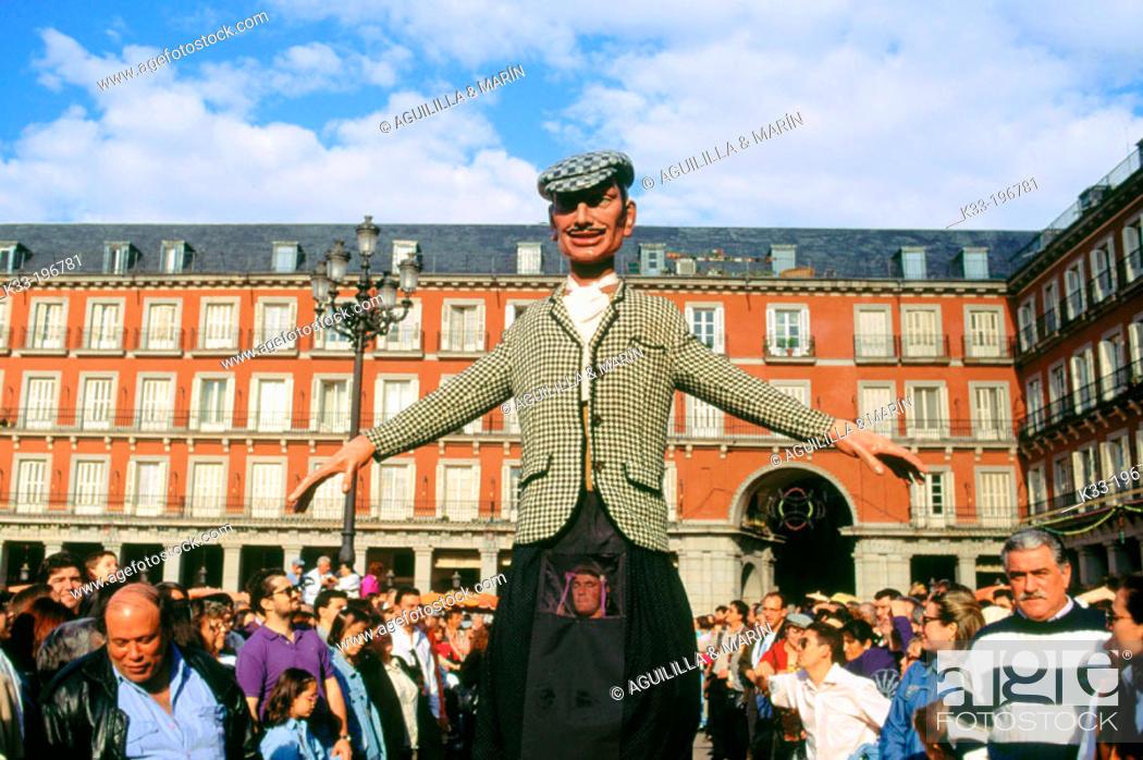 Stock Photo: 'Gigantes y cabezudos', local festival of San Isidro. Main Square. Madrid. Spain.