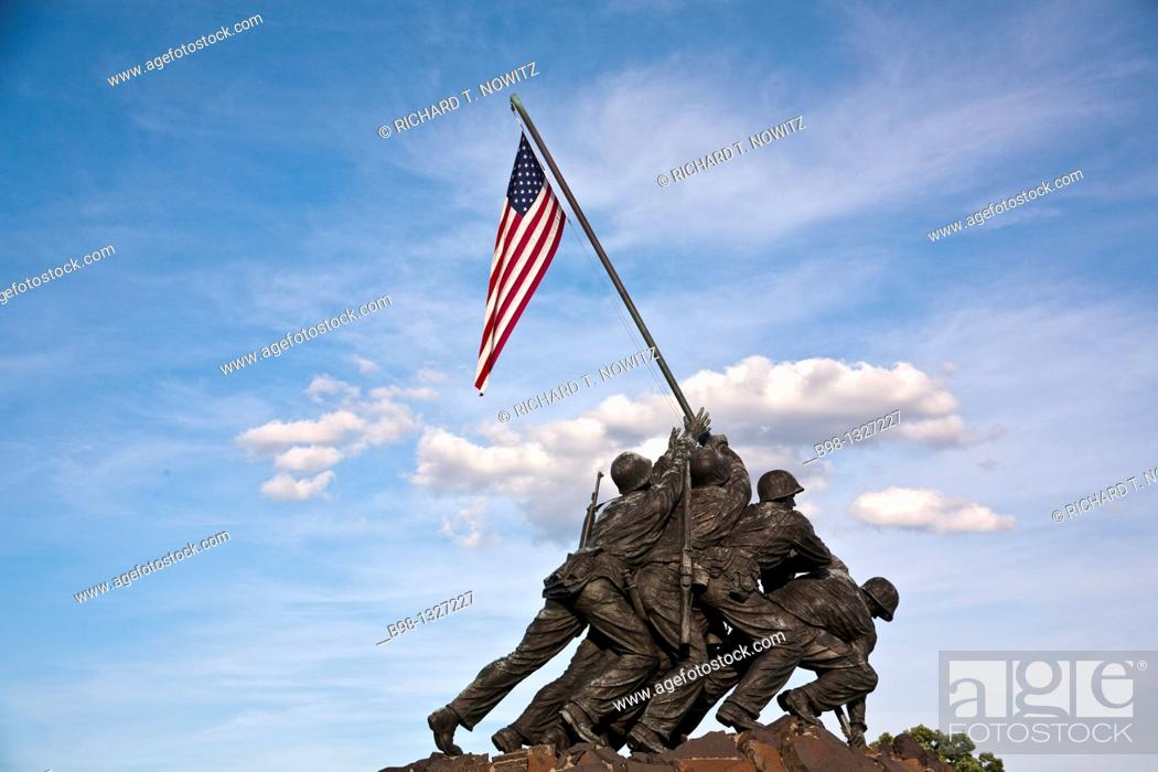 Stock Photo: Arlington, Virginia, US Marine Iwo Jima Memorial.