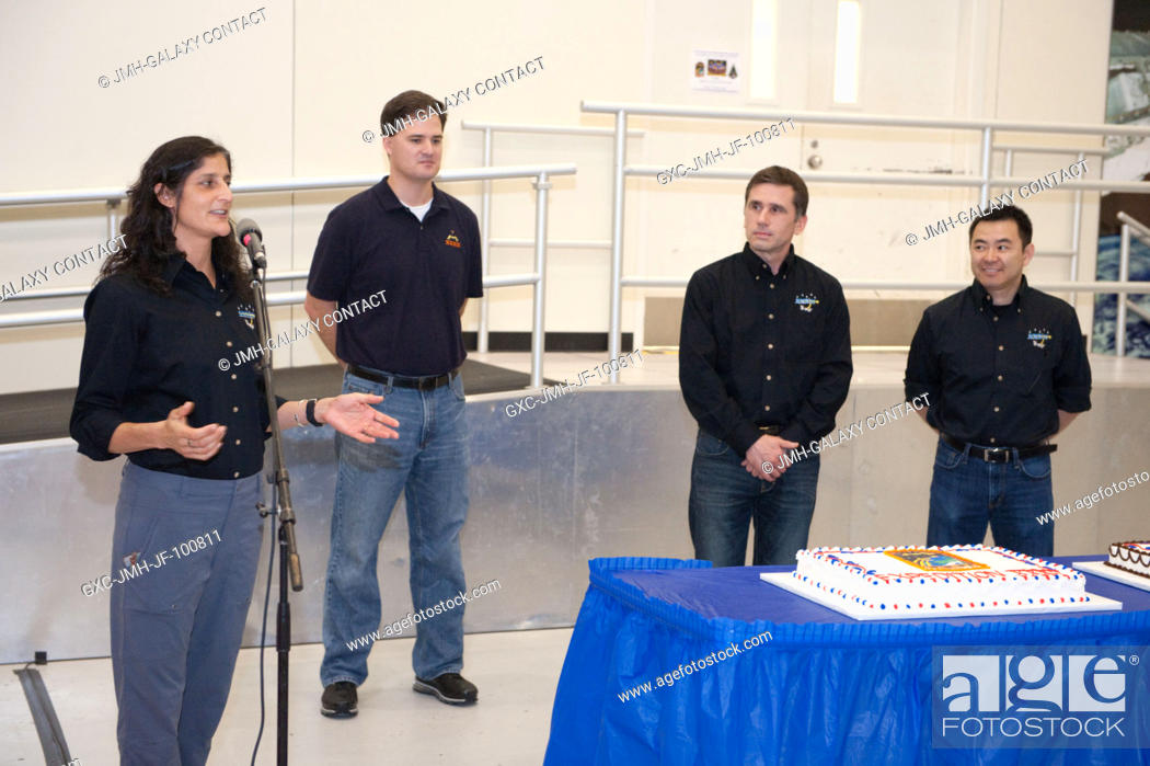 Stock Photo: NASA astronaut Sunita Williams, Expedition 32 flight engineer and Expedition 33 commander, speaks to a crowd during a cake-cutting ceremony in the Jake Garn.