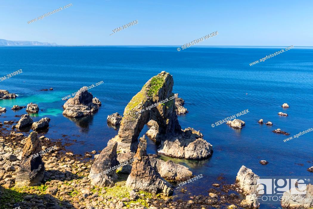 Stock Photo: Sea Arch, Crohy Head, County Donegal, Ireland, Europe.