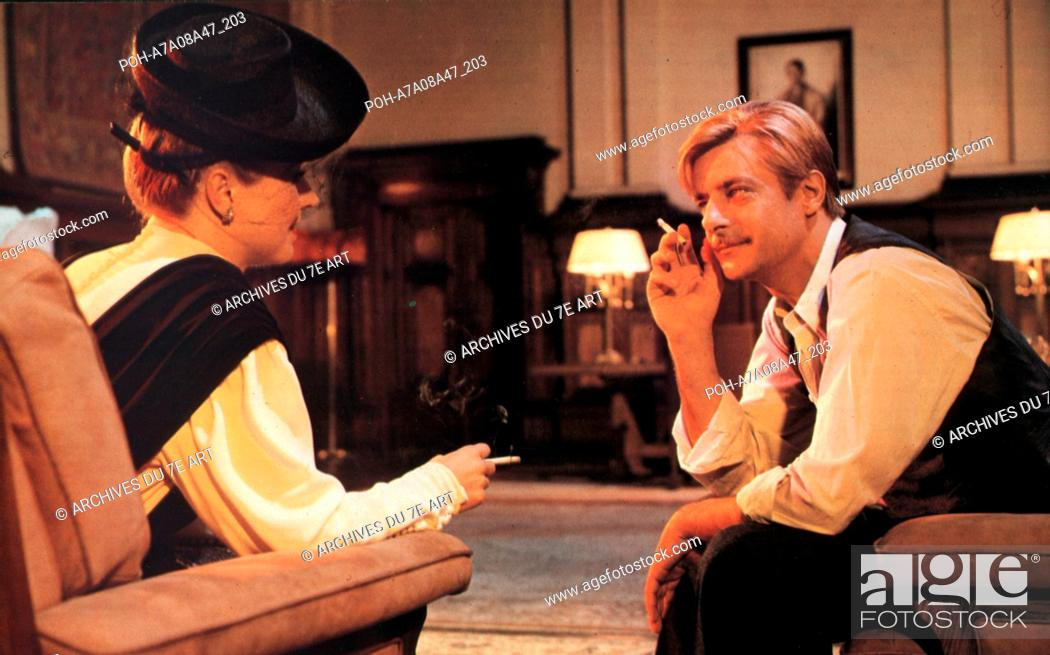 Stock Photo: Lili Marleen  Year: 1981 - west Germany Hanna Schygulla , Giancarlo Giannini  Director: Rainer Werner Fassbinder. WARNING: It is forbidden to reproduce the.