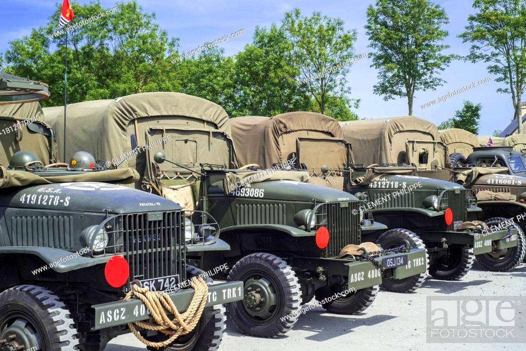 Imagen: American World War Two GMC CCKW 6x6 US Army cargo trucks, military vehicle also known as Jimmy.