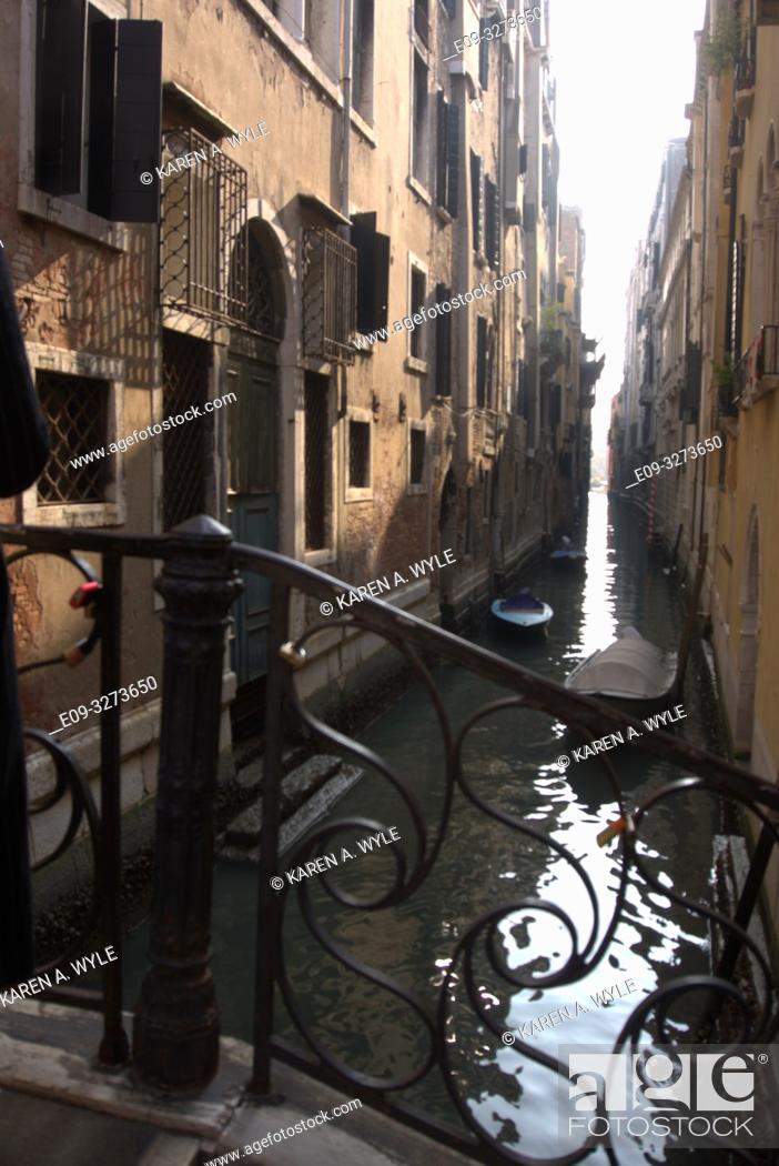 Stock Photo: narrow canal with bridge, Venice, Italy.
