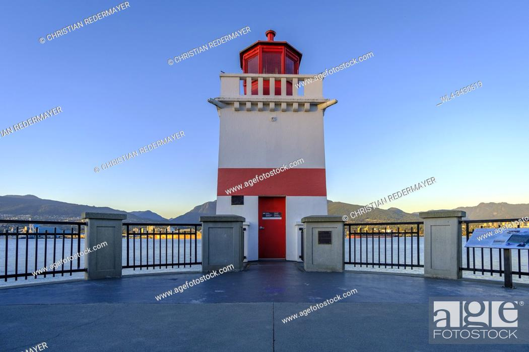Stock Photo: Lighthouse in Stanley Park Vancouver, British Columbia during sunset.