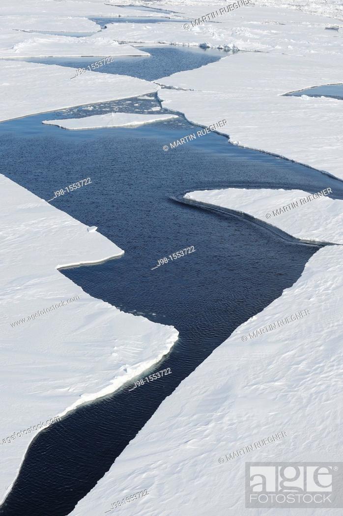 Stock Photo: Crack in Pack ice  Weddell Sea, Antarctic Peninsula, Antarctica.