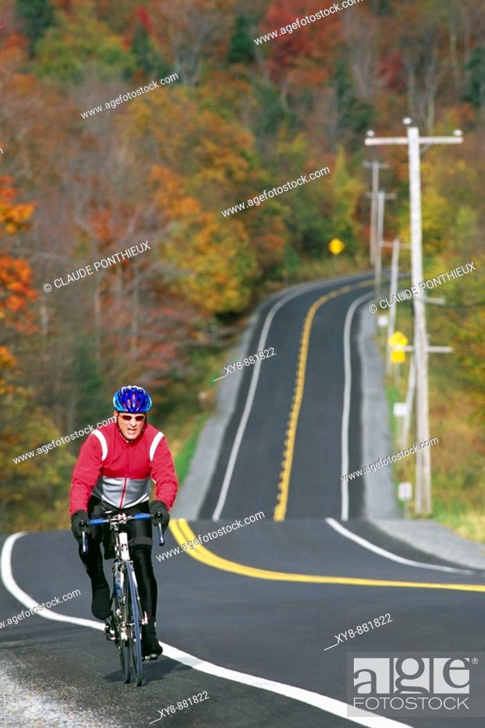 Stock Photo: Cyclist-and-Road.