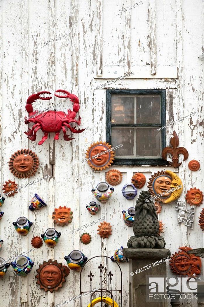 Stock Photo: USA, Louisiana, St  Francisville, garden ornament shop.