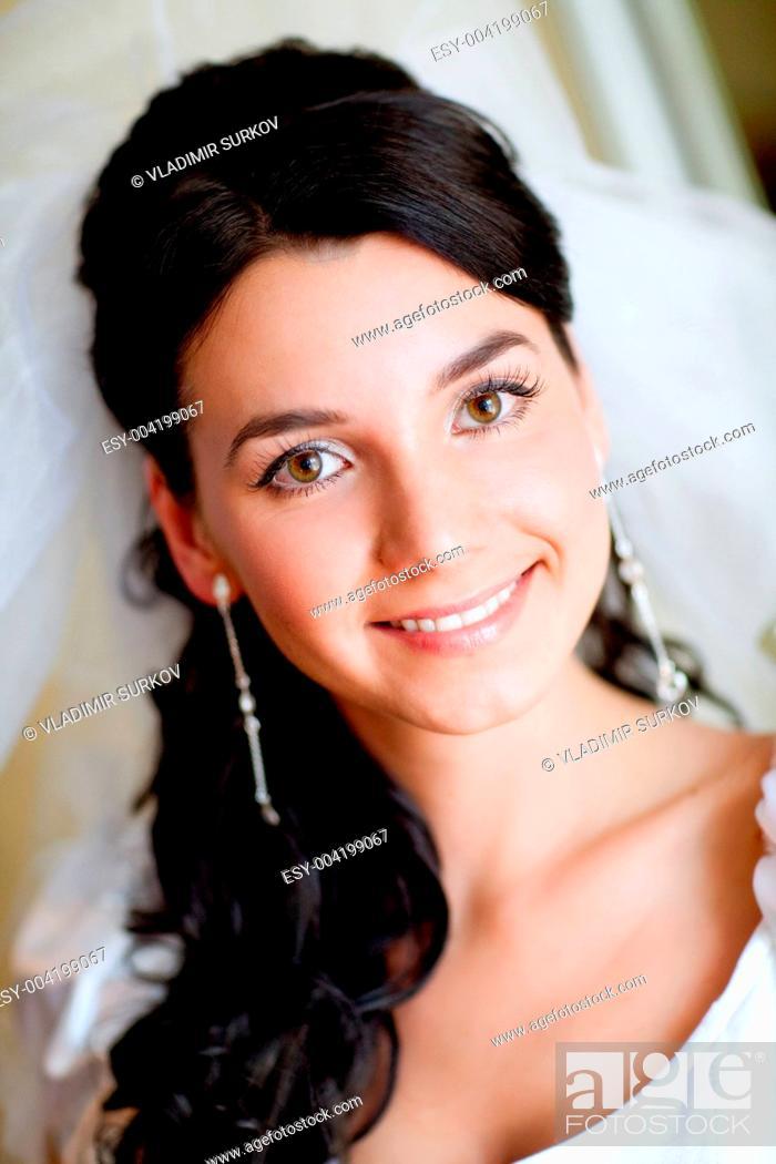 Stock Photo: portrait of the bride.