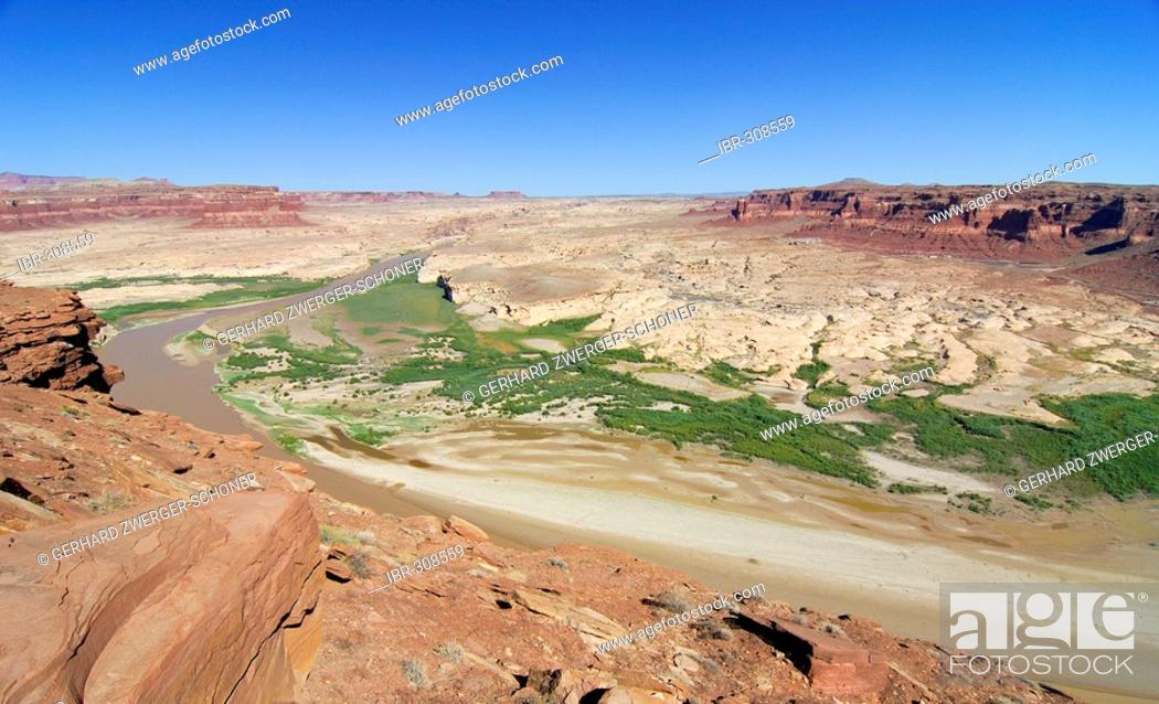 Stock Photo: Glen Canyon National Recreation Area from the Hite viewpoint, Colorado Plateau, Utah, USA.