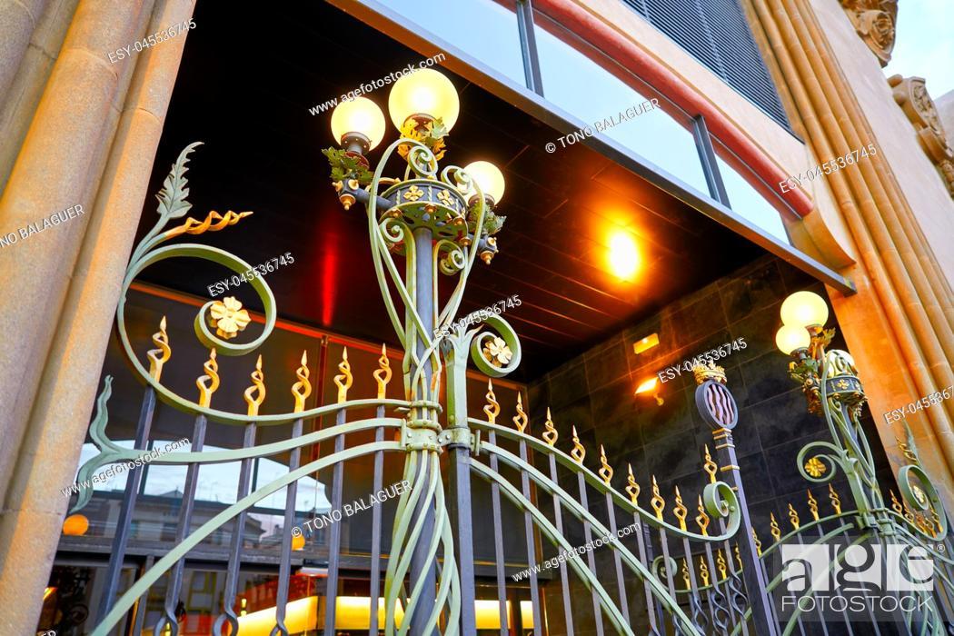 Photo de stock: Tarragona Mercado Publico central market in Catalonia modernist style.