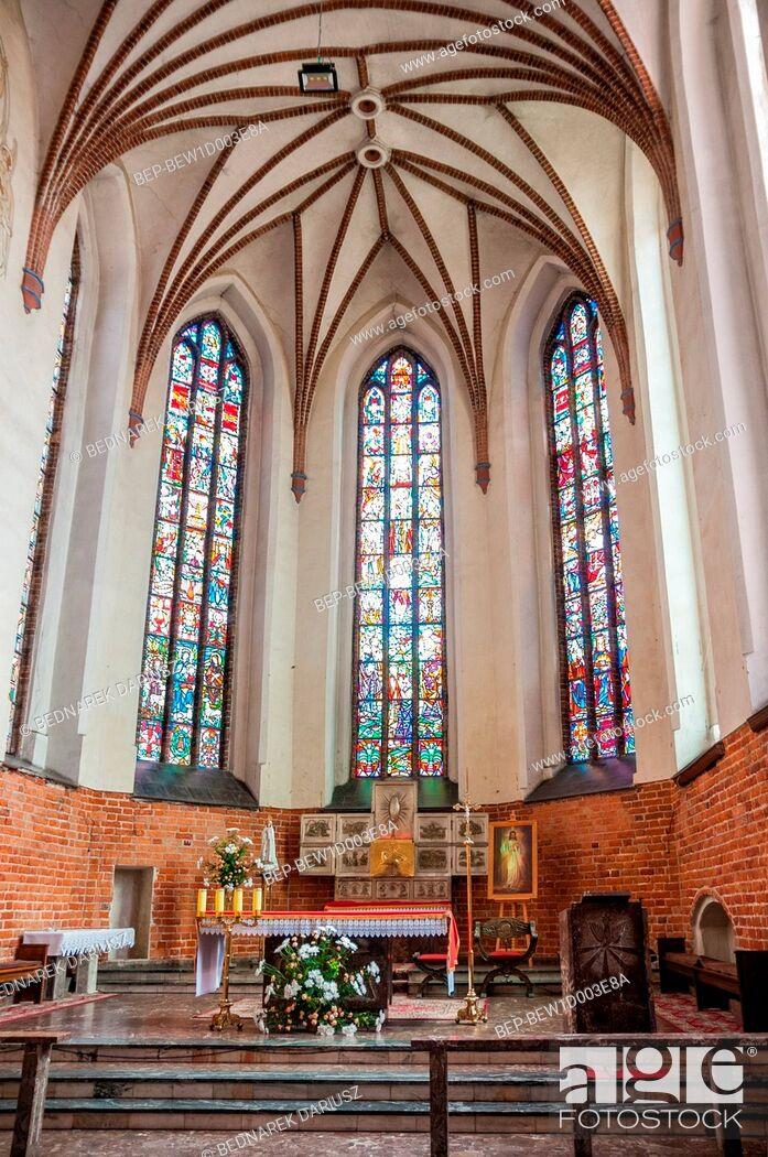 Imagen: Basilica of The Beheading of John The Baptist, Chojnice, Pomeranian Voivodeship, Poland.