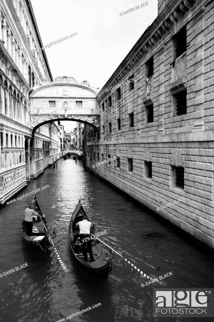 Stock Photo: Two Gondola beneath the Bridge of Sighs, Venice.