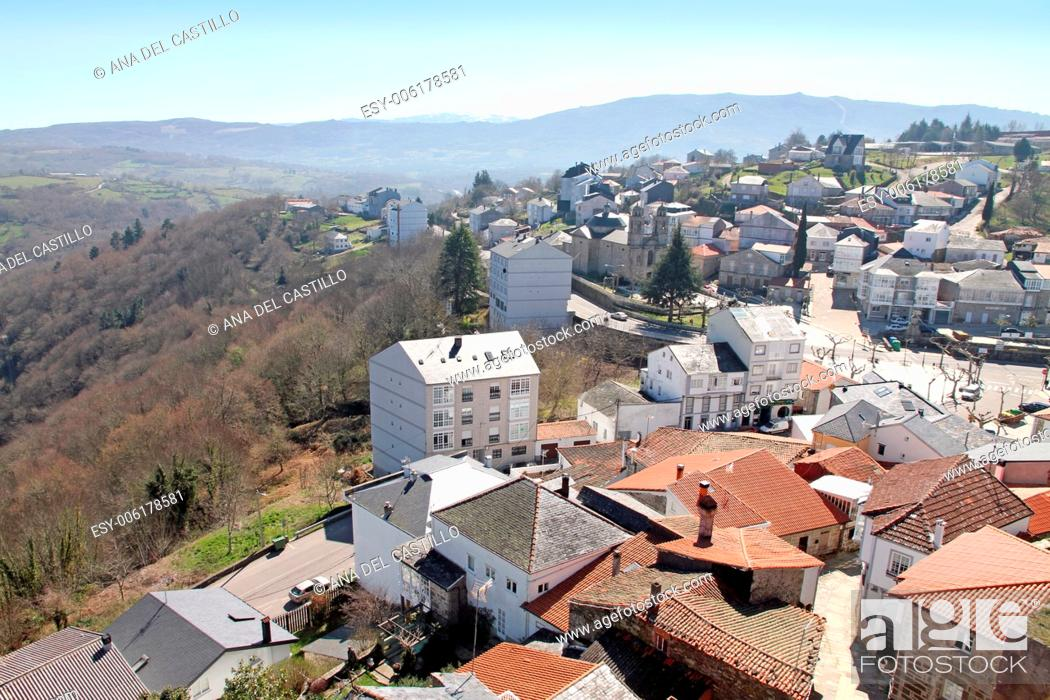 Stock Photo: Castro Caldelas village Orense Galicia Spain.