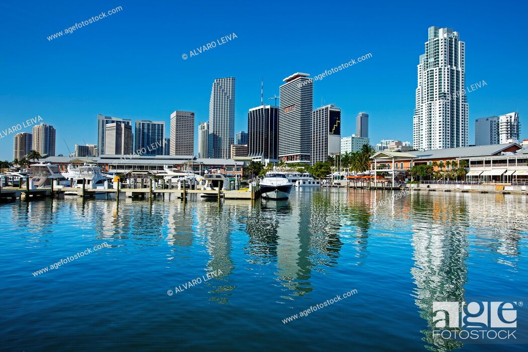 Stock Photo: Bayside Market Place, marina and downtown, Miami, Florida, United States of America, USA.